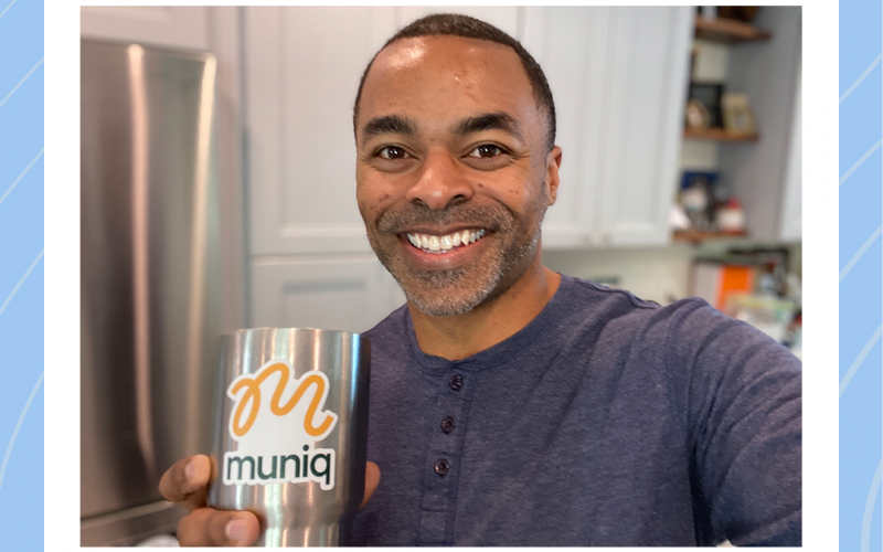 A picture of Muniq found Marc with a cup